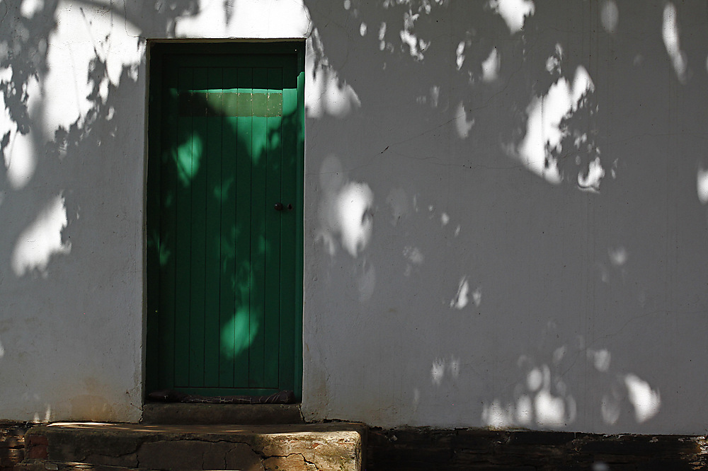 photoblog image Green door